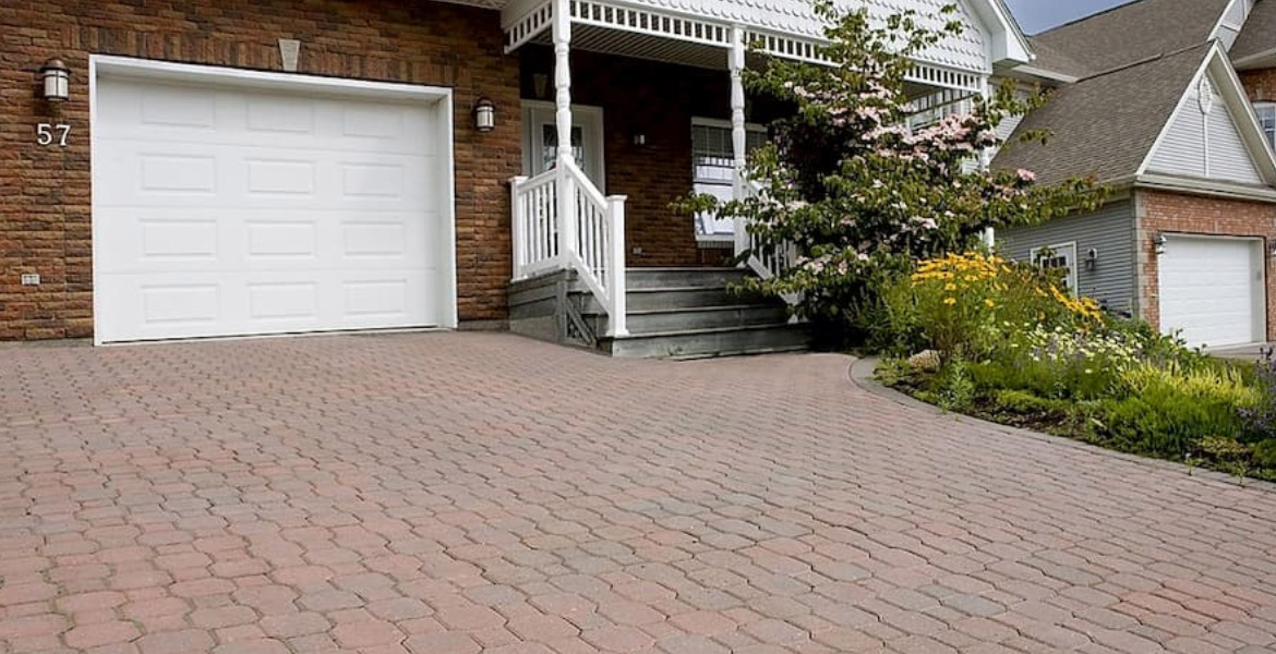 the best time for a driveway repair