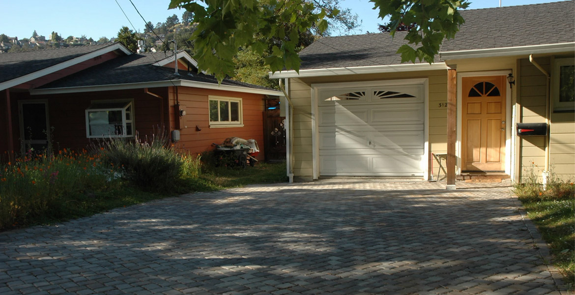 how to pick the right paving company for your home or business